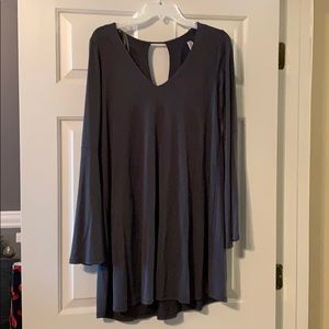 Gray bell sleeved boutique dress